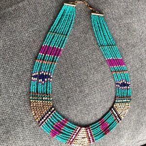 Collar/Statement necklace